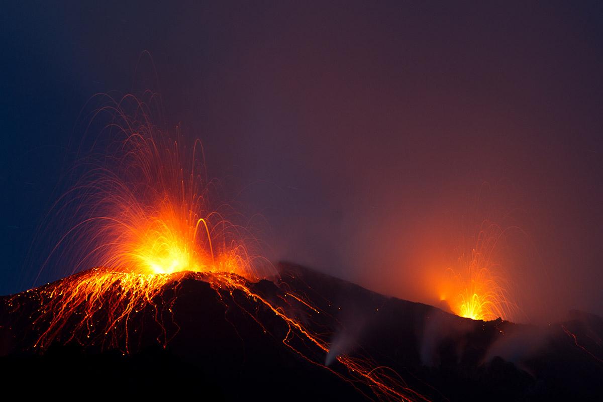 f4b7e58bbc Volcano Tours Departing Maui - Aloha Hawaiian Holidays